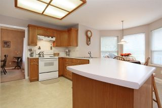 Photo 7: 16930 58A Avenue in Surrey: Cloverdale BC House for sale (Cloverdale)  : MLS®# R2117590
