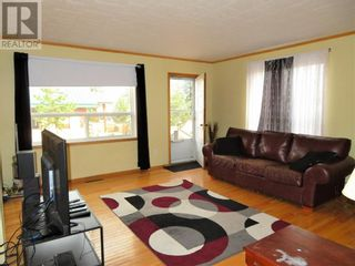 Photo 5: 113 Meadow Drive in Hinton: House for sale : MLS®# A1091558