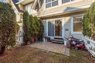 "Photo 10: 22 6450 199 Street in Langley: Willoughby Heights Townhouse for sale in ""Logan's Landing"" : MLS®# R2237844"