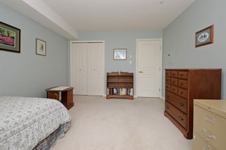 """Photo 17: 110 1140 STRATHAVEN Drive in North Vancouver: Northlands Condo for sale in """"Strathaven"""" : MLS®# R2178970"""