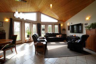 Photo 5: 32149 Road 68 N in Portage la Prairie RM: House for sale : MLS®# 202112201