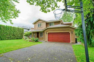Photo 2: 22342 47A Avenue in Langley: Murrayville House for sale : MLS®# R2588122