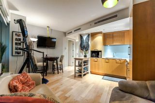 """Photo 15: 502 1565 W 6TH Avenue in Vancouver: False Creek Condo for sale in """"6TH & FIR"""" (Vancouver West)  : MLS®# R2157219"""
