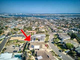Photo 2: POINT LOMA House for sale : 3 bedrooms : 3528 Hugo Street in San Diego