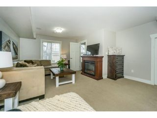 Photo 12: 21134 80A Avenue in Langley: Willoughby Heights Condo for sale : MLS®# R2242006