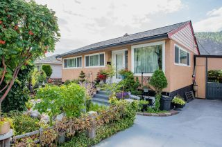 Photo 2: 3330 DAHLIA CRESCENT in Trail: House for sale : MLS®# 2460806