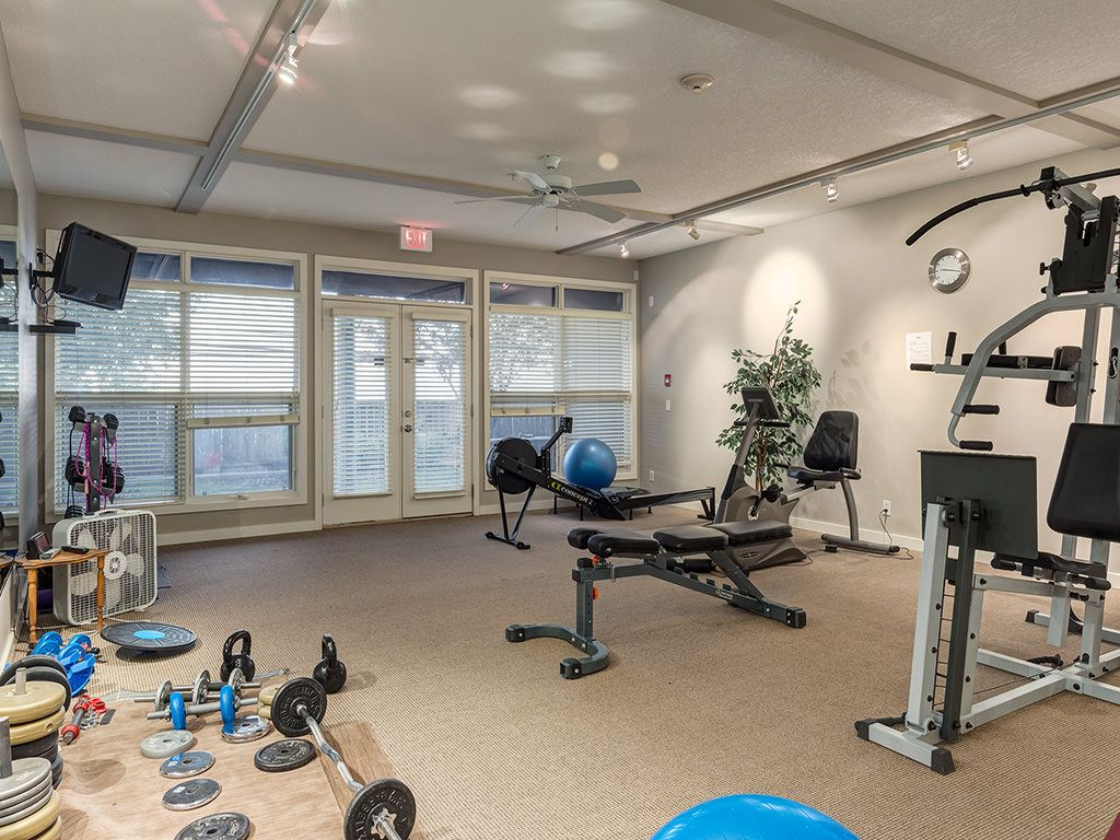 Photo 38: Photos: 306 4108 Stanley Road SW in Calgary: Parkhill_Stanley Prk Condo for sale : MLS®# c4012466