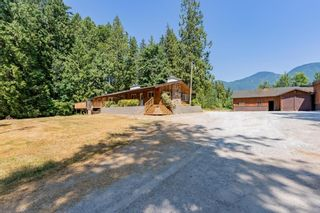 Photo 2: 13796 STAVE LAKE Road in Mission: Durieu House for sale : MLS®# R2602703