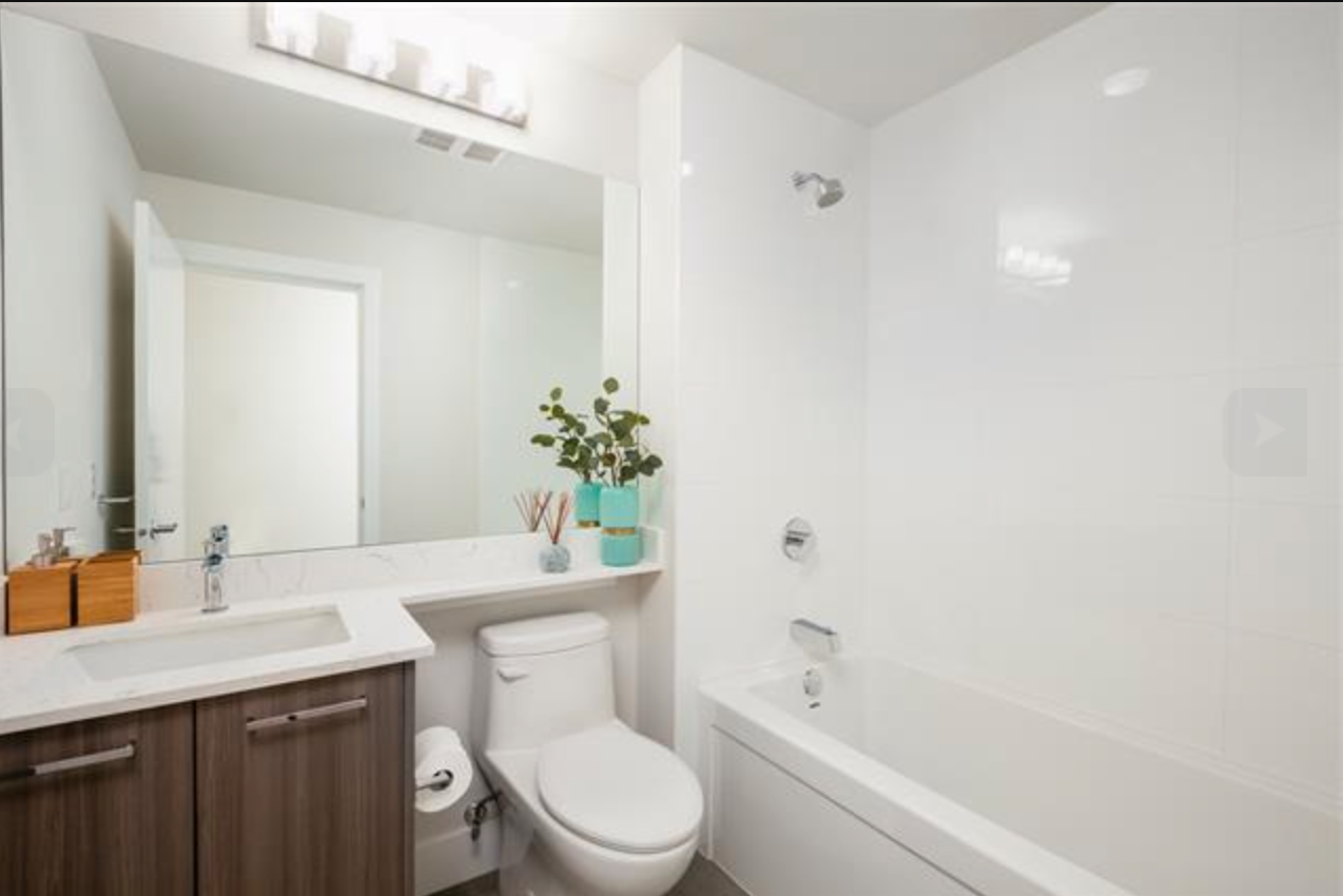 Main Photo: 1306-1312 Fifth Ave in New West: Uptown NW Condo for sale (New Westminster)  : MLS®# R2392115