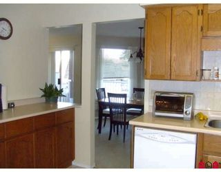 """Photo 5: 207 32145 OLD YALE Road in Abbotsford: Abbotsford West Condo for sale in """"CYPRESS PARK"""" : MLS®# F2832457"""