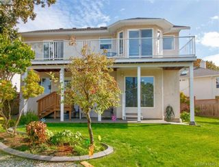 Photo 16: 8 709 Luscombe Pl in VICTORIA: Es Esquimalt House for sale (Esquimalt)  : MLS®# 825765