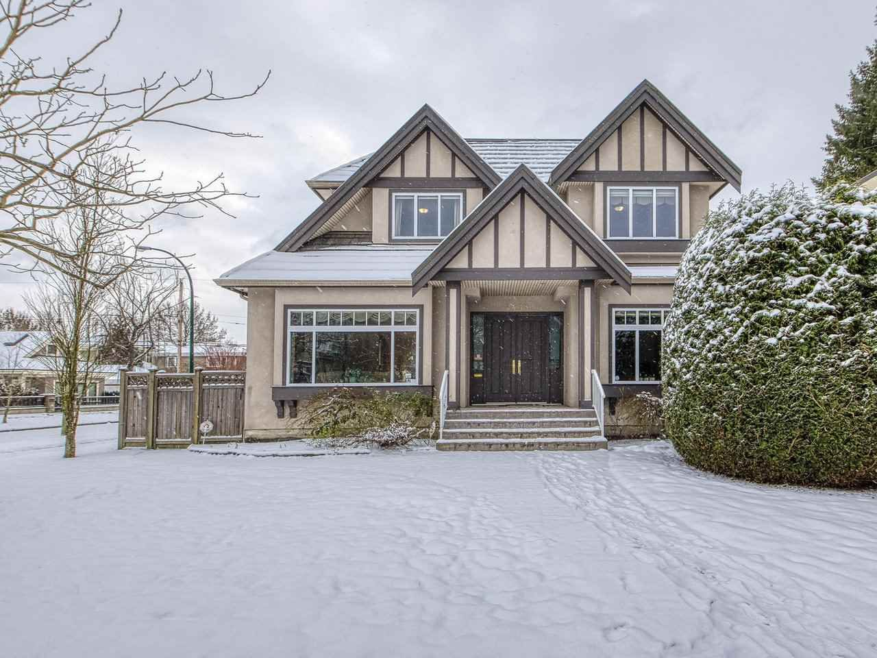 Main Photo: 2408 W 20TH Avenue in Vancouver: Arbutus House for sale (Vancouver West)  : MLS®# R2439079