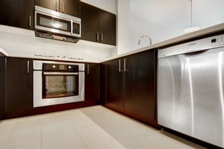 """Photo 2: 419 3133 RIVERWALK Avenue in Vancouver: South Marine Condo for sale in """"New Water"""" (Vancouver East)  : MLS®# R2541324"""