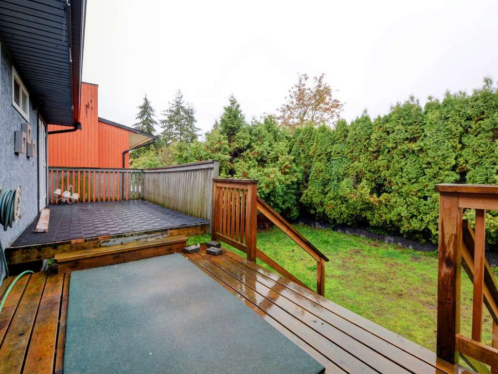 Photo 18: Photos: 3247 SAMUELS Court in Coquitlam: New Horizons House for sale : MLS®# R2219617