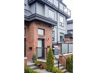 "Photo 1: 3331 WINDSOR ST in Vancouver: Fraser VE Townhouse for sale in ""THE NINE"" (Vancouver East)  : MLS®# V1043516"