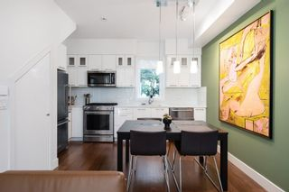 """Photo 5: 1076 NICOLA Street in Vancouver: West End VW Townhouse for sale in """"NICOLA MEWS"""" (Vancouver West)  : MLS®# R2454714"""