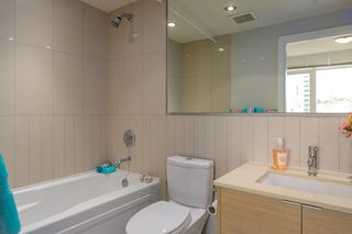 """Photo 11: 701 175 W 2ND Street in North Vancouver: Lower Lonsdale Condo for sale in """"Ventana"""" : MLS®# R2155702"""