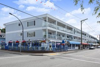 "Photo 1: 206 14881 MARINE Drive: White Rock Condo for sale in ""Driftwood Arms"" (South Surrey White Rock)  : MLS®# R2381349"