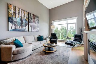 """Photo 11: 508 14855 THRIFT Avenue: White Rock Condo for sale in """"ROYCE"""" (South Surrey White Rock)  : MLS®# R2465060"""