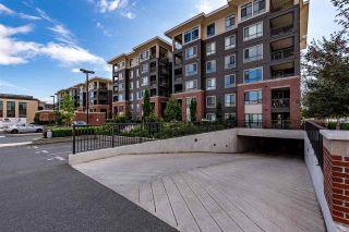 """Photo 2: 201 33530 MAYFAIR Avenue in Abbotsford: Central Abbotsford Condo for sale in """"The Residences"""" : MLS®# R2540569"""