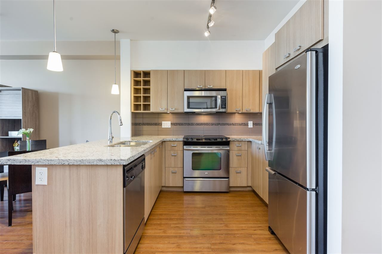 """Main Photo: 205 709 TWELFTH Street in New Westminster: Moody Park Condo for sale in """"The Shift"""" : MLS®# R2396637"""