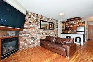 """Photo 3: 106 2515 ONTARIO Street in Vancouver: Mount Pleasant VW Condo for sale in """"ELEMENTS"""" (Vancouver West)  : MLS®# R2385133"""