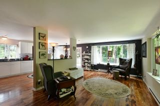 Photo 8: 93 CHADWICK Road in Gibsons: Gibsons & Area House for sale (Sunshine Coast)  : MLS®# R2594709