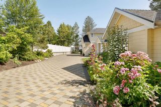 """Photo 5: 7464 149A Street in Surrey: East Newton House for sale in """"CHIMNEY HILLS"""" : MLS®# R2602309"""