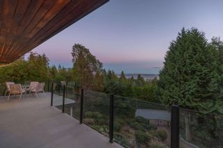 Photo 13: 1376 BURNSIDE Road in West Vancouver: Chartwell House for sale : MLS®# R2620054