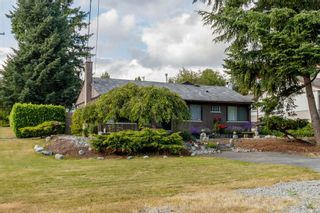 Photo 1: 721 QUADLING Avenue in Coquitlam: Coquitlam West House for sale : MLS®# R2384626