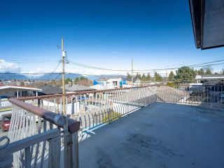 Photo 36: 2817 E 21ST AVENUE in Vancouver: Renfrew Heights House for sale (Vancouver East)  : MLS®# R2558732