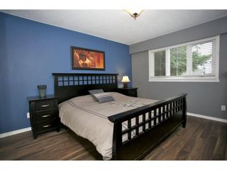 Photo 9: 15861 CLIFF Avenue: White Rock House for sale (South Surrey White Rock)  : MLS®# F1451572