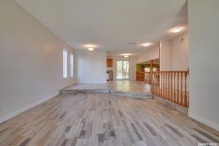 Photo 4: 823 Costigan Court in Saskatoon: Lakeview SA Residential for sale : MLS®# SK871669