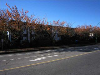 """Photo 2: 107 211 W 3RD Street in North Vancouver: Lower Lonsdale Condo for sale in """"Villa Aurora"""" : MLS®# V858801"""