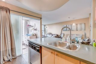 "Photo 6: 3005 1008 CAMBIE Street in Vancouver: Yaletown Condo for sale in ""WATERWORKS"" (Vancouver West)  : MLS®# R2214734"
