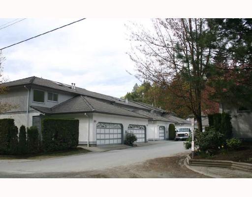 "Main Photo: 2 2401 MAMQUAM Road in Squamish: Garibaldi Highlands Townhouse for sale in ""HIGHLAND GLEN"" : MLS®# V677909"