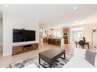 """Photo 4: 76 7665 209 Street in Langley: Willoughby Heights Townhouse for sale in """"Archstone"""" : MLS®# R2359787"""