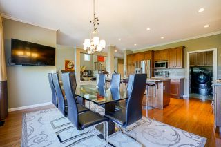 """Photo 15: 6918 208B Street in Langley: Willoughby Heights House for sale in """"Milner Heights"""" : MLS®# R2503739"""