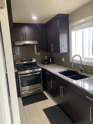 Photo 11: 5119 154 Avenue N in Edmonton: Zone 03 House for sale : MLS®# E4240402
