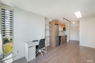 """Photo 8: 407 10777 UNIVERSITY Drive in Surrey: Whalley Condo for sale in """"City Point"""" (North Surrey)  : MLS®# R2599755"""