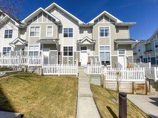 Photo 2: 3096 New Brighton Gardens SE in Calgary: New Brighton Row/Townhouse for sale : MLS®# A1097763