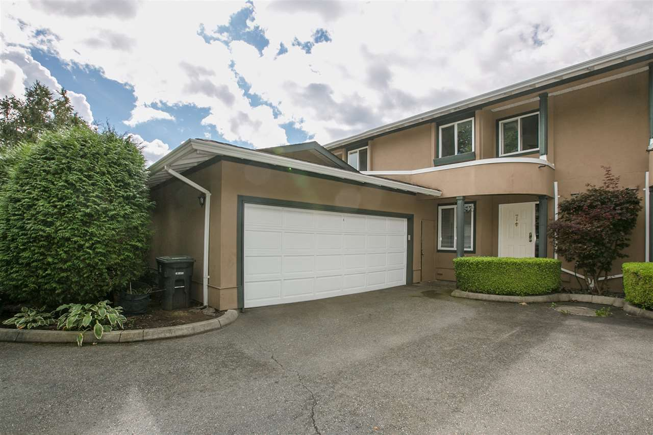"Main Photo: 7 12267 190 Street in Pitt Meadows: Central Meadows Townhouse for sale in ""TWIN OAKS"" : MLS®# R2207464"