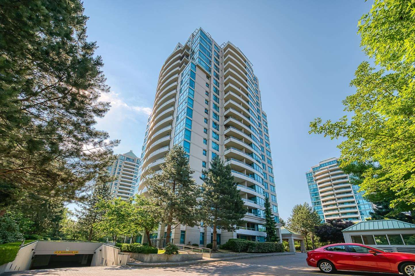 Main Photo: 1202 6611 SOUTHOAKS Crescent in Burnaby: Highgate Condo for sale (Burnaby South)  : MLS®# R2598411