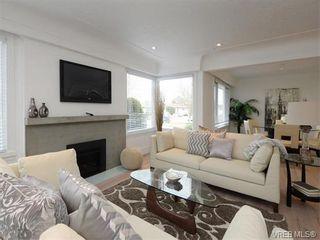 Photo 3: 2111 Kings Rd in VICTORIA: OB Henderson House for sale (Oak Bay)  : MLS®# 751407