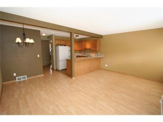 Photo 4: 60 COUNTRY HILLS Villa NW in CALGARY: Country Hills Townhouse for sale (Calgary)  : MLS®# C3606834