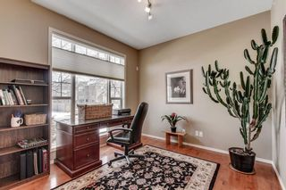 Photo 4: 90 STRATHLEA Crescent SW in Calgary: Strathcona Park Detached for sale : MLS®# C4289258