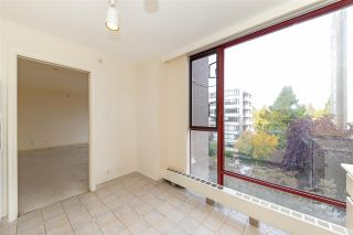 """Photo 27: 401 2108 W 38TH Avenue in Vancouver: Kerrisdale Condo for sale in """"the Wilshire"""" (Vancouver West)  : MLS®# R2510229"""