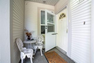 """Photo 4: 116 20655 88 Avenue in Langley: Walnut Grove Townhouse for sale in """"Twin Lakes"""" : MLS®# R2591263"""