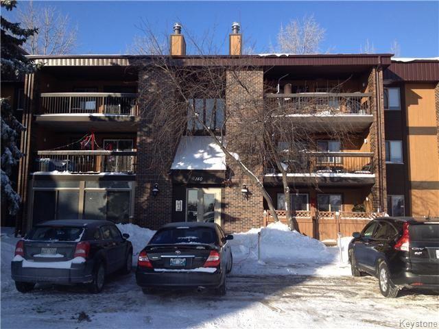 Main Photo: 140 Regis Drive in WINNIPEG: St Vital Condominium for sale (South East Winnipeg)  : MLS®# 1400062