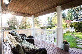 Photo 2: 12720 15A AVENUE in South Surrey White Rock: Crescent Bch Ocean Pk. Home for sale ()  : MLS®# R2161642